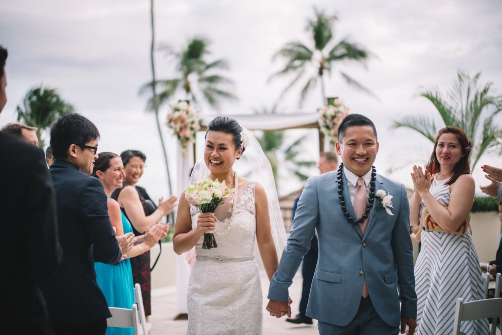 halekulani resort wedding photos, oahu hawaii photo