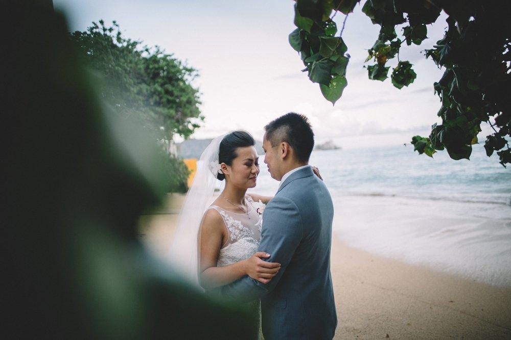 waikiki beach oahu wedding photos