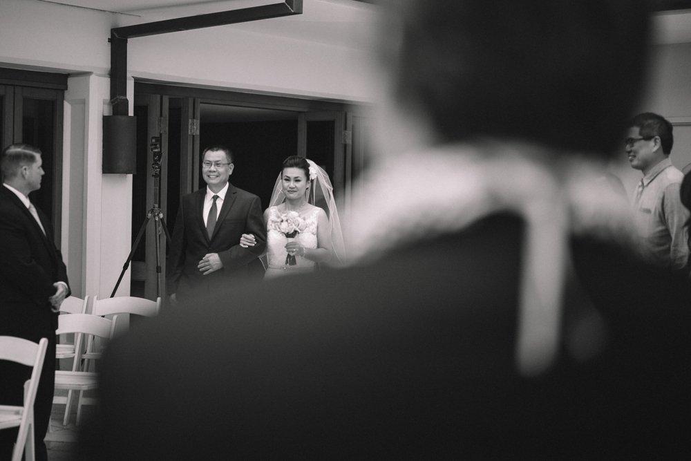 halekulani resort wedding photos