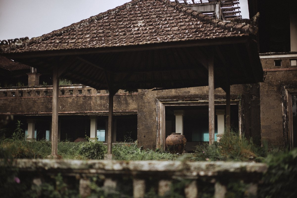 abandoned hotel northern bali destination photographer teri b leica adventure