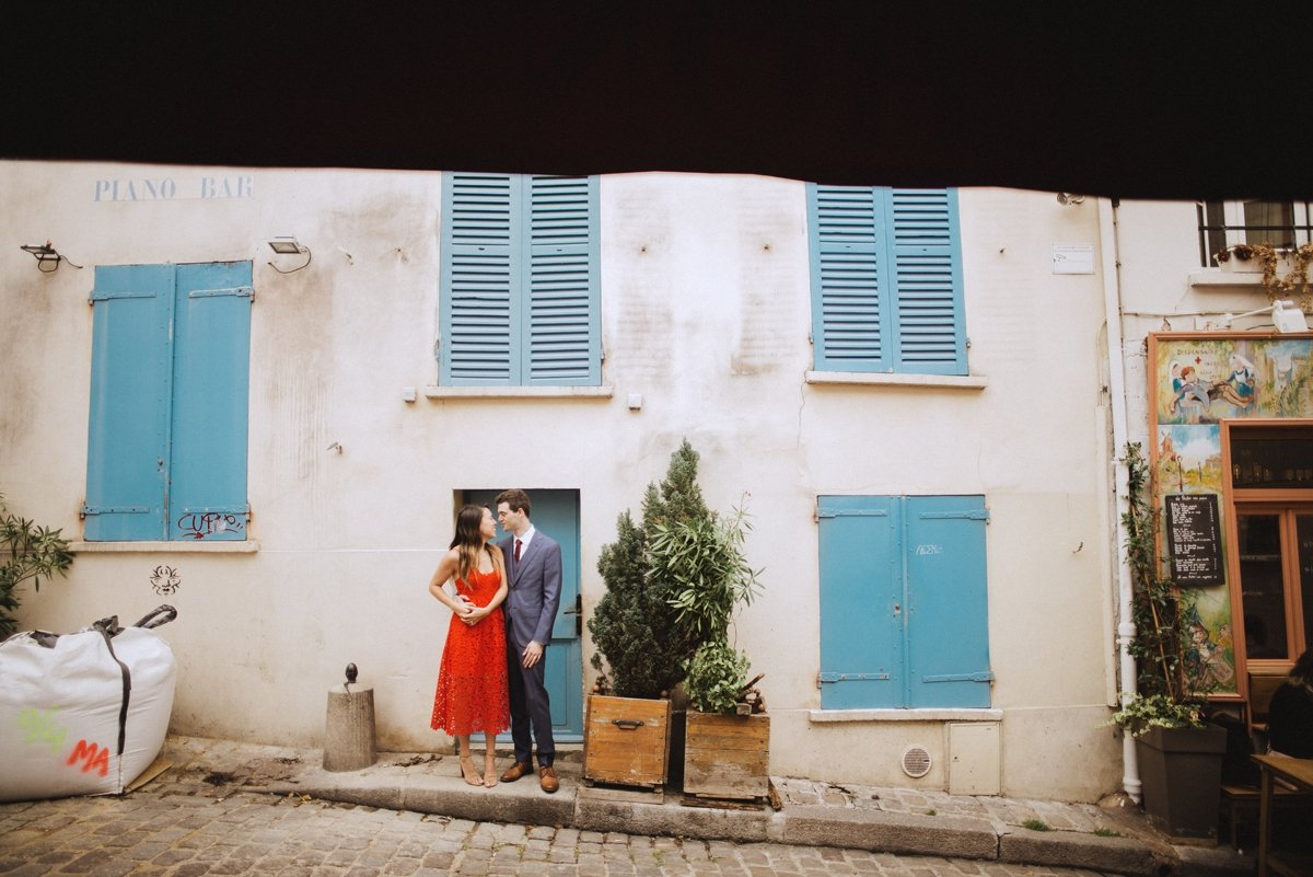 aris honeymoon session red dress montmartre france photographer wedding bride and groom