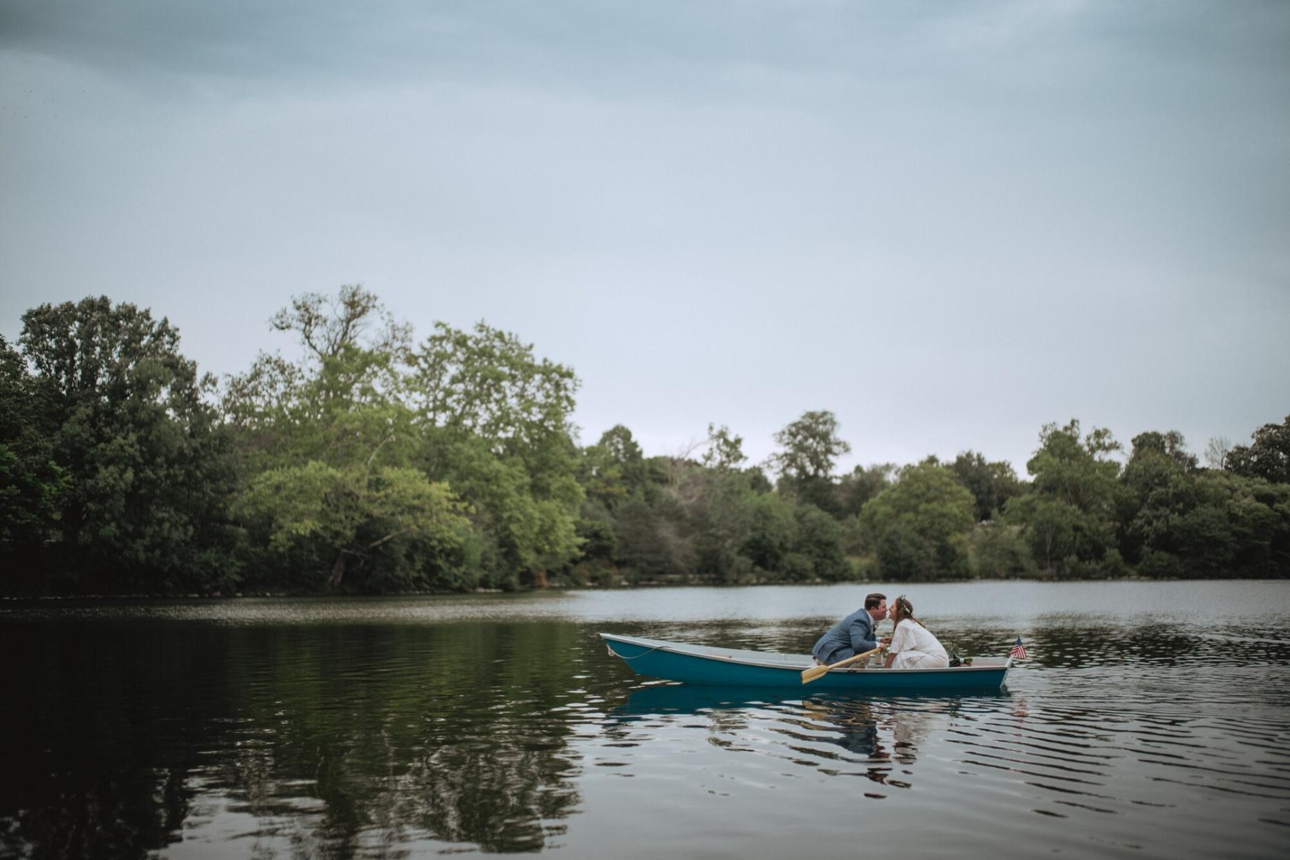 delaware park, buffalo ny wedding photos, hoyt lake bridal wedding